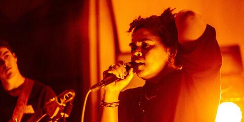 Rina Mushonga using the MTP 940 CM live on stage at Metropolis Studios for Clash live at Metropolis