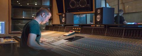 Alex Robinson recording with LEWITT mics at Metropolis Studios