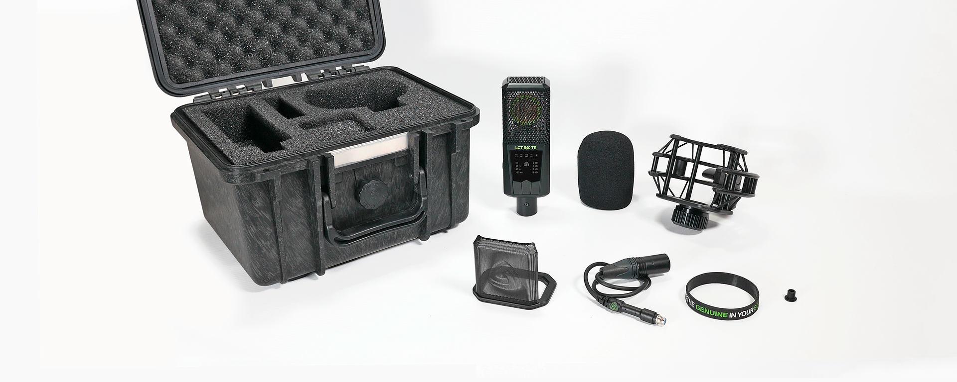 LCT 640 TS box content