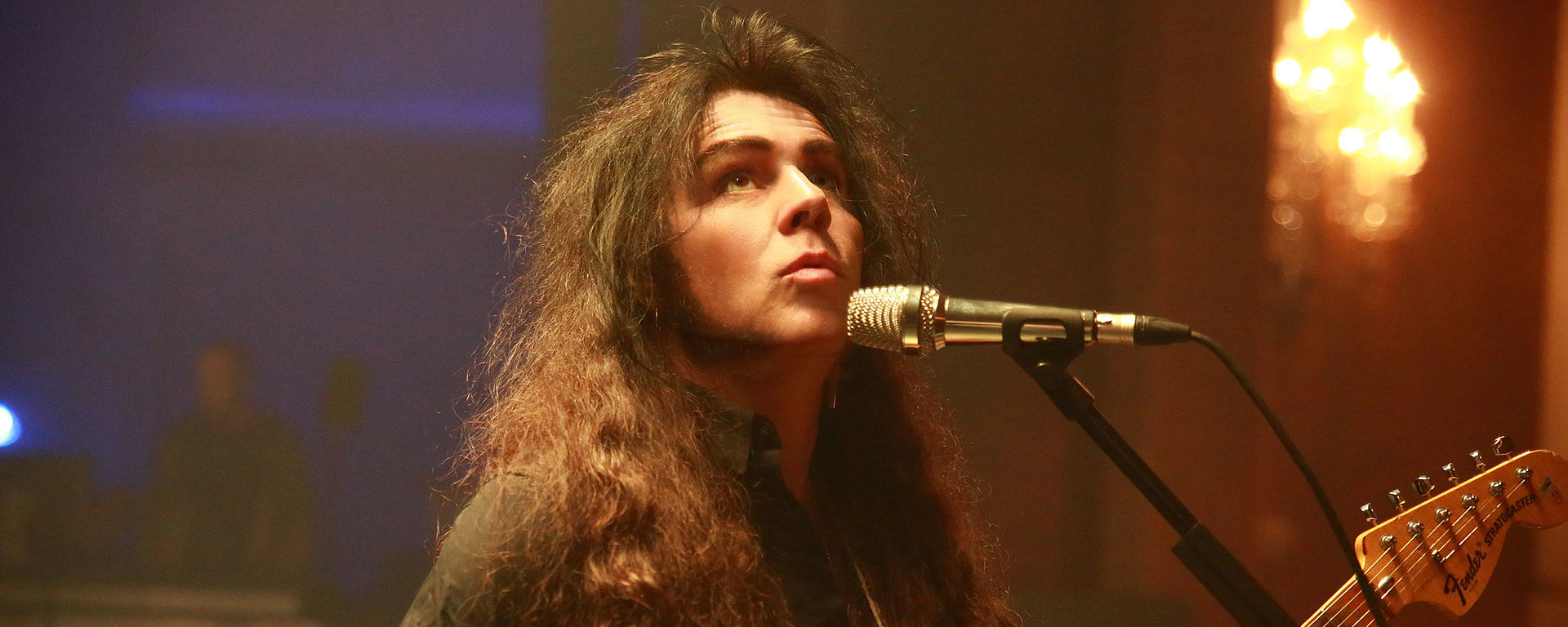 Yngwie Malmsteen uses LEWITT microphones for vocals on stage
