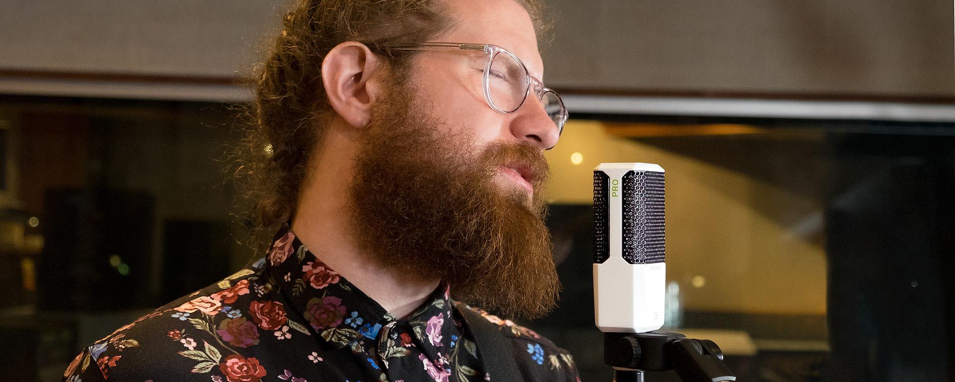 LCT 240 PRO vocals