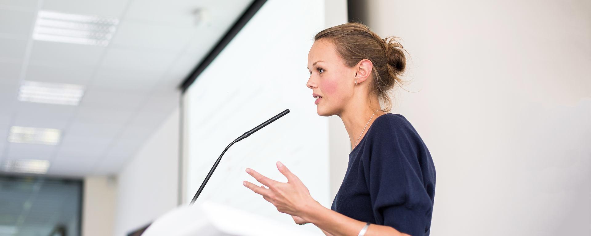 Conference series LEWITT woman podium