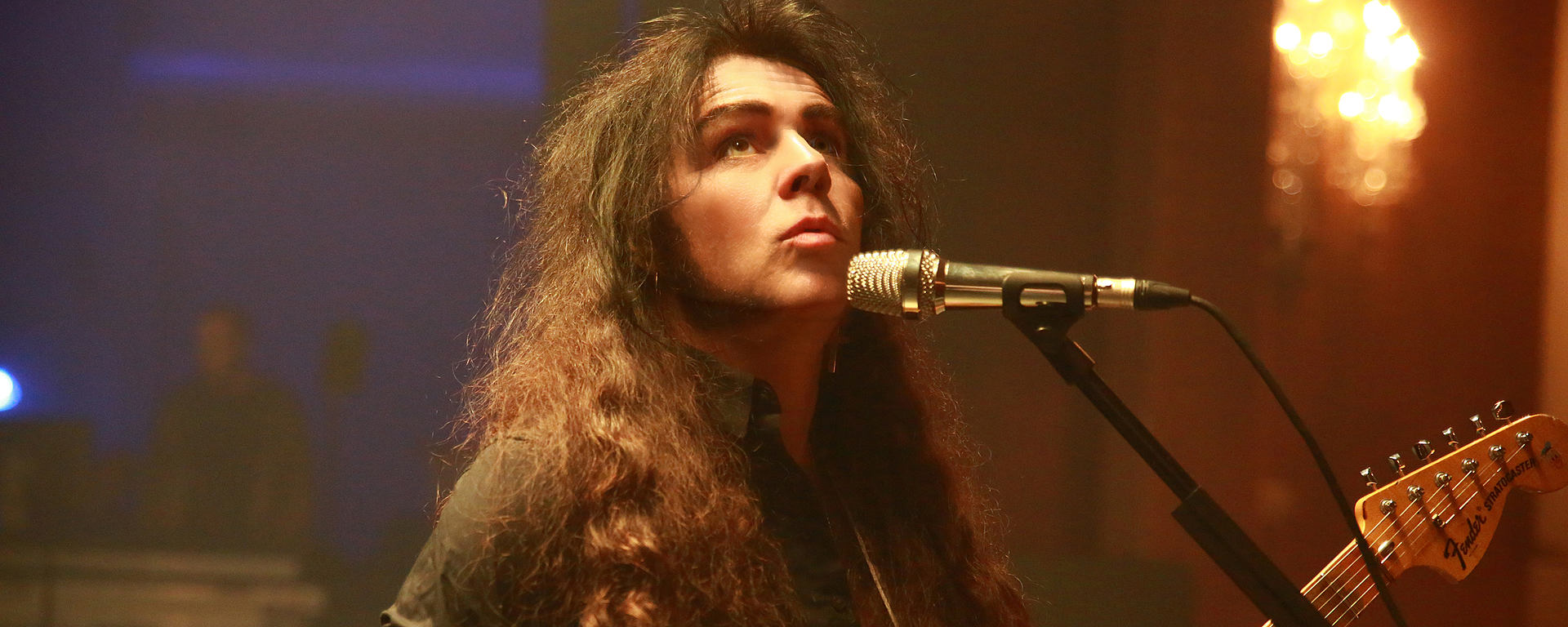Yngwie Malmsteen uses the MTP 550 DM handheld performance microphone
