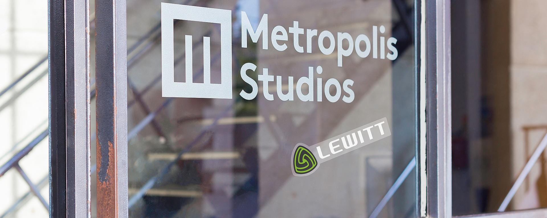 Metropolis [Photo © Tom Rowland]